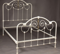 103-antique-iron-bed