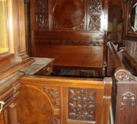 24-antique-carved-double-bed