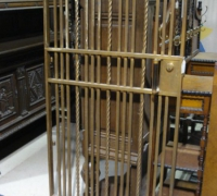 128-antique-brass-bank-door