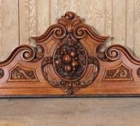08e-carved-oak-crest-22-h-x-62-5-w-c-1890