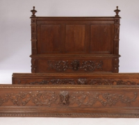 69-antique-carved-bed-panels