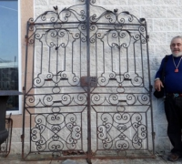 11-antique-iron-gates-72-w-x-96-h