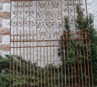 44-antique-iron-gate