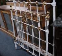 46-antique-iron-bed