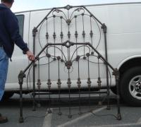 79-antique-iron-bed