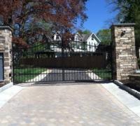 79-new-iron-gate
