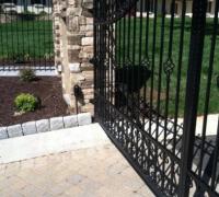 82-new-iron-gate