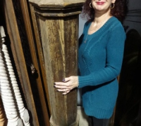 05-antique-extra-large-newel-post