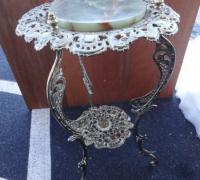 33-antique-onyx-pedestal-table