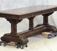 287 -sold -79  X    32    X  31 H      GREAT   CARVED  TABLE
